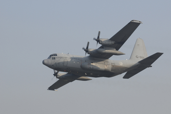 C-130 H G-988 336 sqn take off