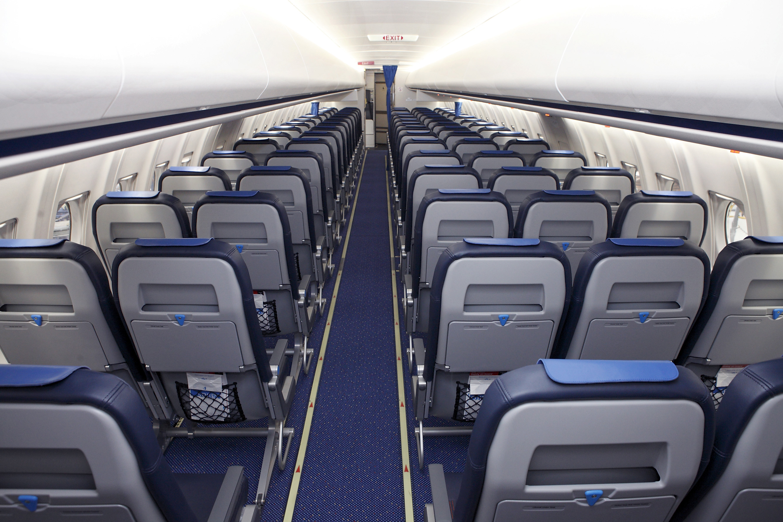 Lichtgewicht meubilair voor f70 s klm cityhopper for Interieur 747