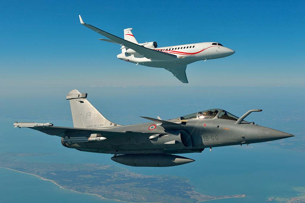 Falcon7X & Rafale flying formation