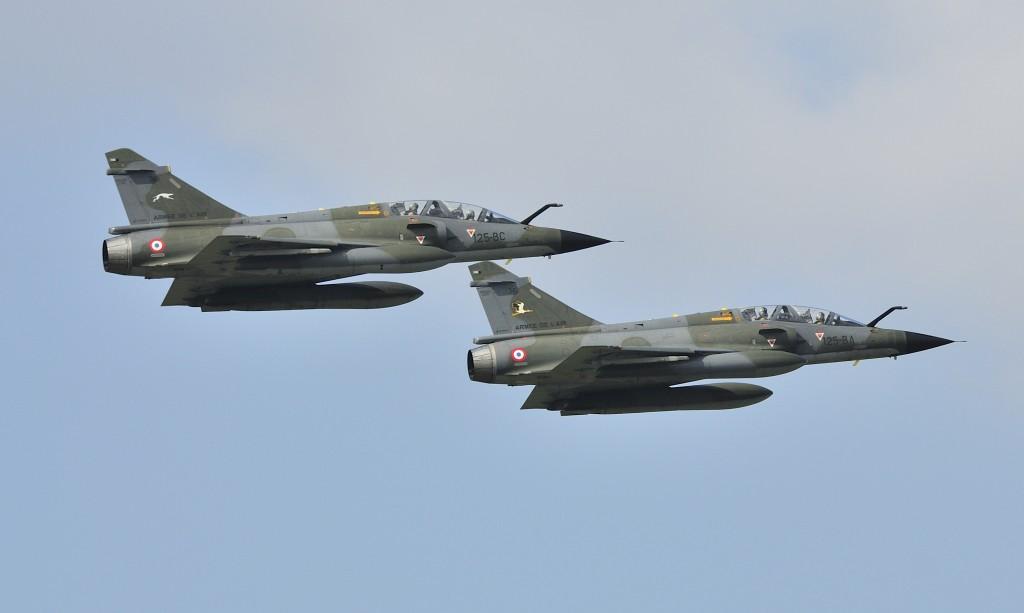Het demoteam Ramex Delta vliegt met twee Mirage 2000N's.