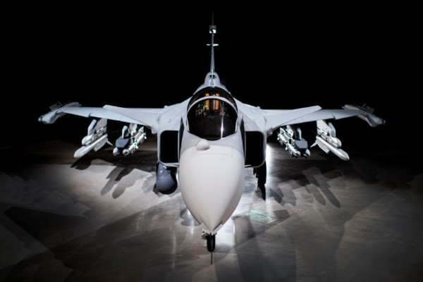 Saab+proudly+presenting+Gripen+E